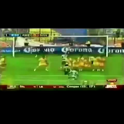 Vine by ⚡️GK Saves⚡️ - Beautiful save by Guillermo Ochoa in his Club America days#soccer#futbol#save#dive##GKVines #videoshop