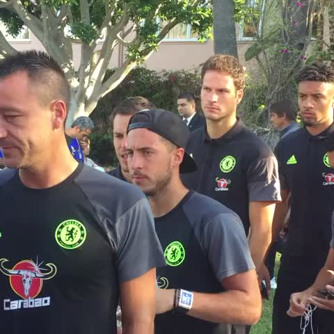 Vine by Chelsea FC - Leaving the hotel to get to the Rose Bowl Stadium... 👍