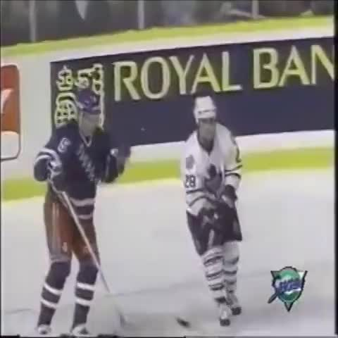 Hockey Centrals post on Vine - Tie Domis Brutal Cheap Shot on Samuellson #Hockey #Knockout  #cheapshot - Hockey Centrals post on Vine