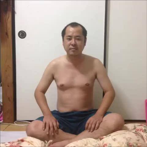 Vine by 根間タダシ Tadashi Nema - 飛んでく乳首 リメイク #Remake #乳首
