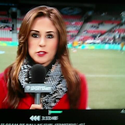 Jose Francos post on Vine - .Kelli Tennant takes a soccer ball to the head during a remote for TWC Sportsnet. - Jose Francos post on Vine