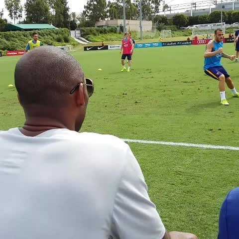 acbf96af938 Kobe Bryant hung out at an FC Barcelona practice