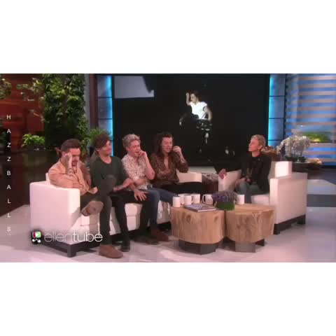 Vine by Hazzballsღ - Niall is me every time I watch that video