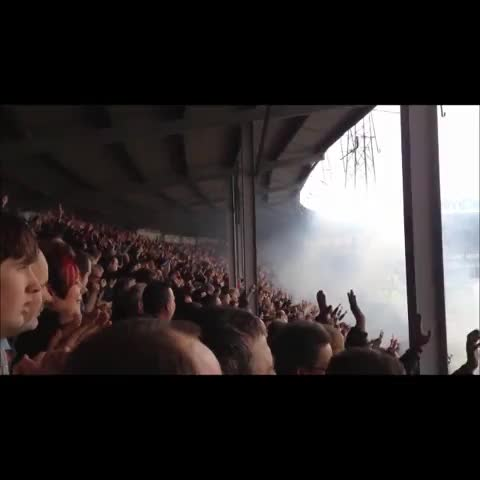 HUFC Viness post on Vine - [SOUND] When will the Meadow End next be this full? - HUFC Viness post on Vine