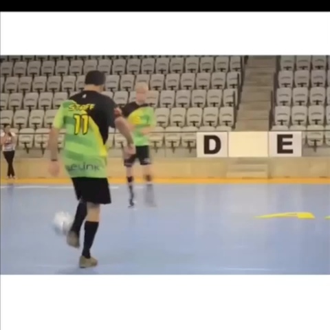 Vine by Soccer King #JK1 - This guy is nasty omg!! 😳 go follow me on twitter get_dangled #soccer #football #skill #nasty #getdangled