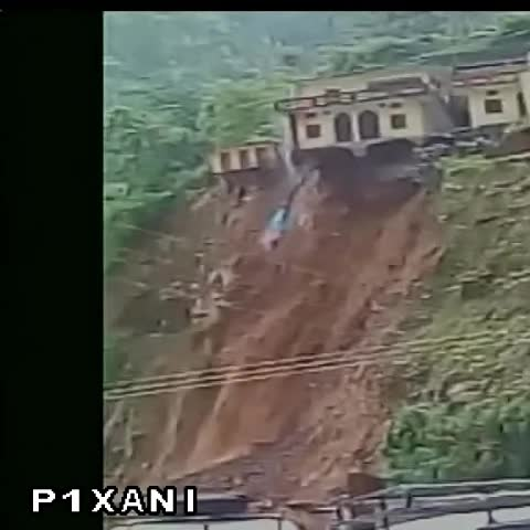 Vine by ANI - A house collapsed due to landslide triggered by heavy rains in Rudraprayag, Uttarakhand.