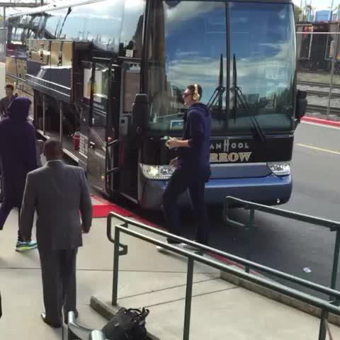 Denver Nuggetss post on Vine - Off to Boulder we go! #Nuggets - Denver Nuggetss post on Vine