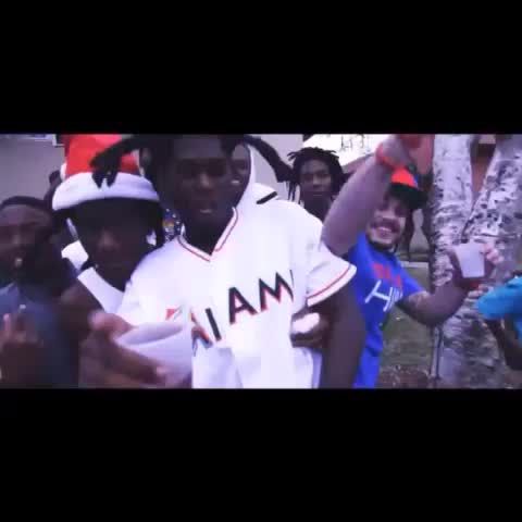 """Vine by Gfxkid - Cashy """"Demolition"""" ft bowham visual! directed by @gfxkid dropping soon! #miami #vintagemob #cashykesh #cashy"""