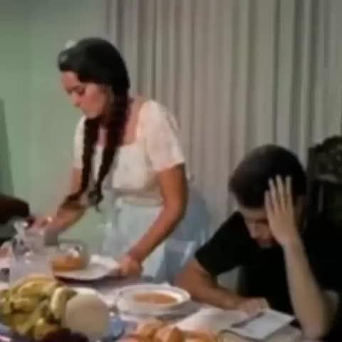 Vine by i.AM - Cuando la criada se le ofrece a tu marido #QueHacesBesandoteALaCriada