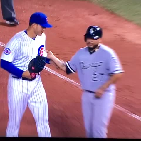 Vine by Wrigley Blog - Strong move by Rizzo #GoCubsGo