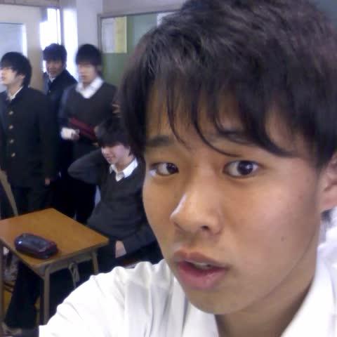 Vine by Yusuke - 【閲覧注意】実験!!扇子でチ○コは隠せるのか!?