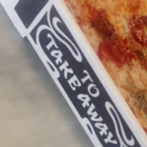 PizzaExpresss post on Vine - Sharing pizza? Err... - PizzaExpresss post on Vine