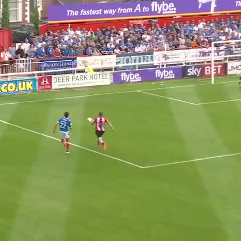 Vine by PompeyNewsNow - Gary Roberts buries the penalty to earn #Pompey all 3 points at Exeter City 27/8/16 [Video: Official PFC Audio: Express FM]
