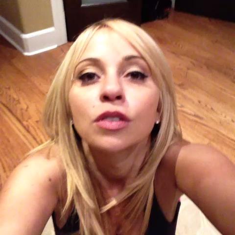 tara-hot-lips-alexia-webcam-couples