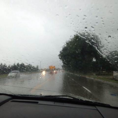 Light to moderate rain in Longmont. #cowx. - Matt Makens 24-7 Wxs post on Vine