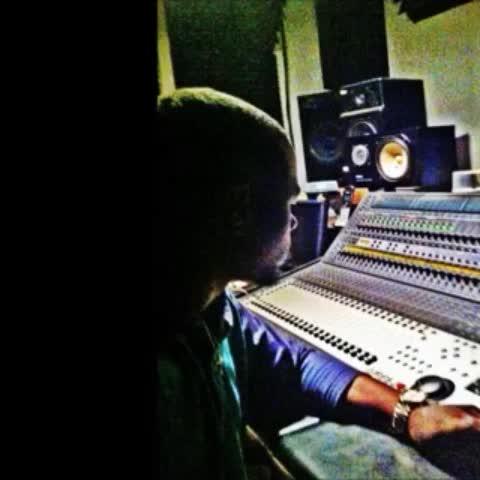"#KDMrMidGrade in the #studio working #Thanksgiving #championsleague #mtvstars #atlanta - Mr. Ceo ""Tetraz""s post on Vine"