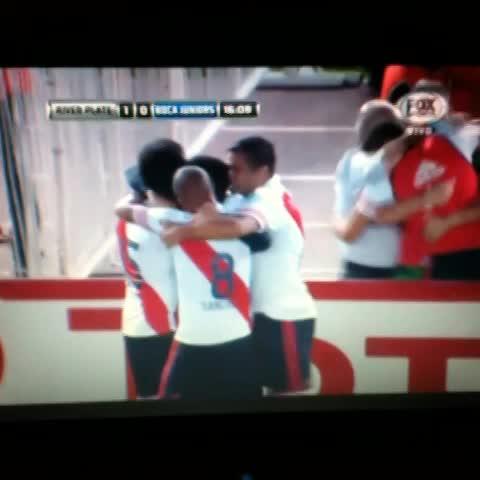 Gol de Pisculichi a Boca. - Cristians post on Vine