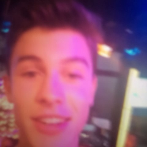 GMAs post on Vine - GUESS WHO IS HERE? Oh yes, its vine superstar Shawn Mendes!!!! #ShawnOnGMA - GMAs post on Vine