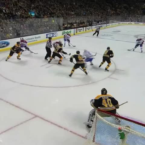 Canadiensmtls post on Vine - 🚨 Le 100e but dAndrei Markov! / Andrei Markovs 100th goal! #GoHabsGo #TheBigFour 🚨 - Canadiensmtls post on Vine