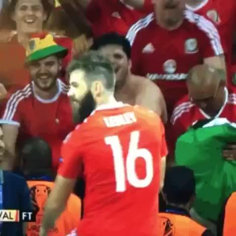 Vine by KOP - Joe ledley #wales #EURO2016