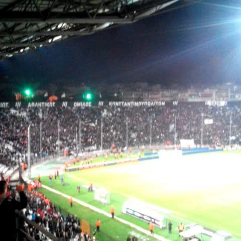 PAOK FCs post on Vine - Τραγούδι μετά τη λήξη. ΠΑΟΚ είσαι! #PAOKLive #PAOKFIO #UEL - PAOK FCs post on Vine