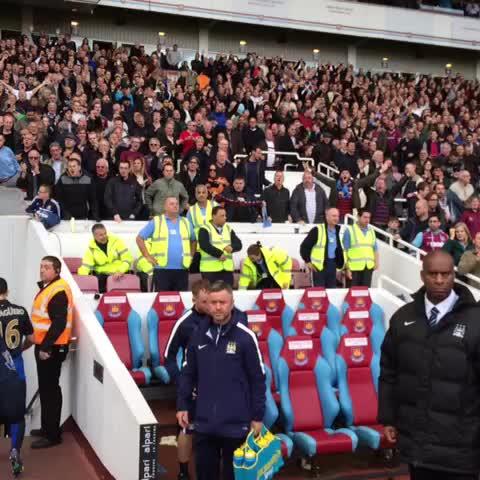 West Ham United FCs post on Vine - VINE. Bubbles at full time #COYI - West Ham United FCs post on Vine