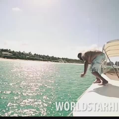 Ethan Kleins post on Vine - DJ Khaled goes diving in the Bahamas. - Ethan Kleins post on Vine