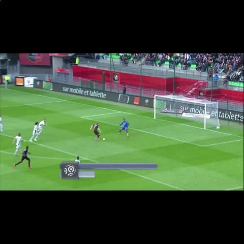 Double-Tap For That Defense #SMEContest88K #Soccermoments8 - Vine by Soccer Moments - Double-Tap For That Defense #SMEContest88K #Soccermoments8