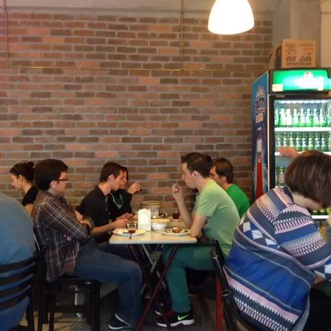 salih zafer kunt – Sosyalist kahvalti izle