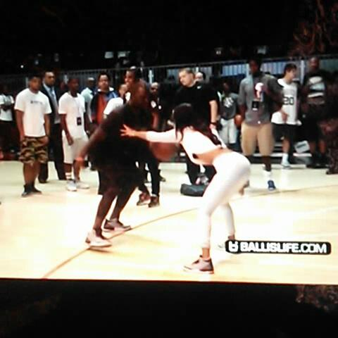 A NIGGA IN CHINAs post on Vine - teyana Taylor gets her ankles played with. damn boo - A NIGGA IN CHINAs post on Vine