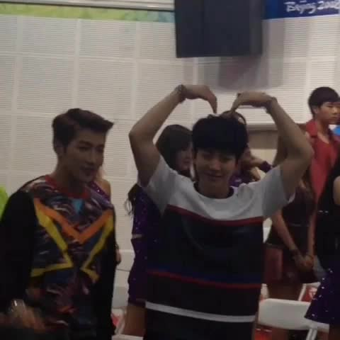 Prae♥Gyus post on Vine - [VID] 141025 Cute Junho-MBC Korean Music Wave Press conference (3) #2PM - Prae♥Gyus post on Vine