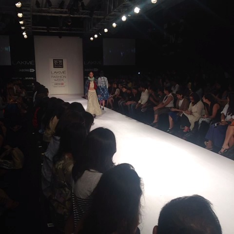 Heres #KarishmaShahanis collection at #lakmefashionweek - Lakme Fashion Weeks post on Vine