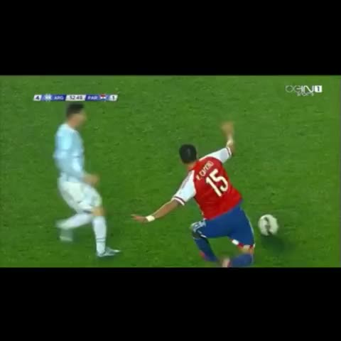Vine by Eden - Messi...