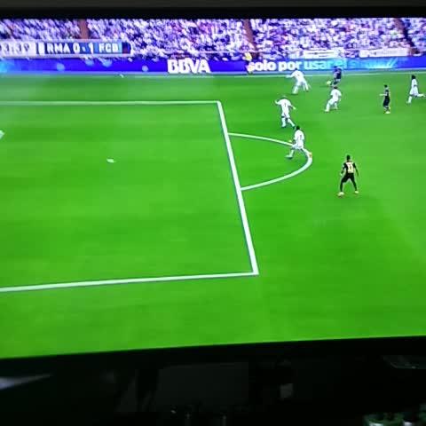 Tteomas post on Vine - #RMAFCB #REAFCB #Neymar #Goal - Tteomas post on Vine