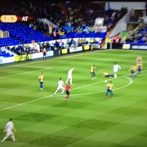 TalkBallss post on Vine - Erik Lamela just did this... - TalkBallss post on Vine