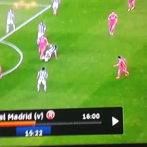 Lopatins post on Vine - Magic #isco #realmadrid - Lopatins post on Vine