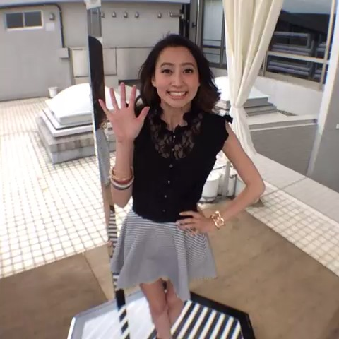 GirlsAwards post on Vine - GirlsAward 2014 S/S バックステージ #ガルアワ #Vine360 河北麻友子 - GirlsAwards post on Vine