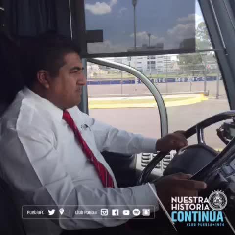 Vine by Club Puebla - ¡Llegamos y queremos esos tres puntos! #SomosCamoteros🎽