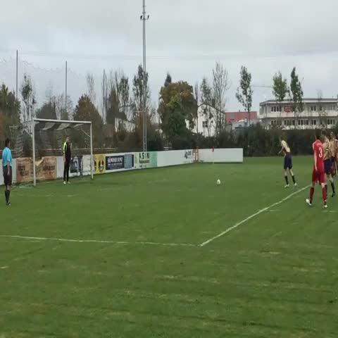 Typical Sunday League goalkeeper! - The Football Cafés post on Vine