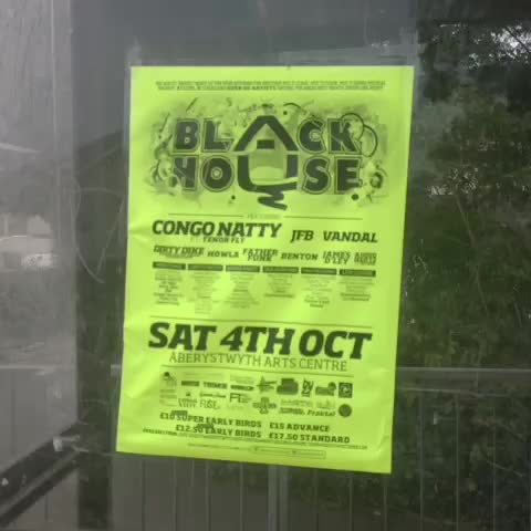 #BlackHouse #poster #run #aberystwyth #to #aberaeron #dance #music #roadtrip @blackhousepromo - Sgilti Ysgafn Droeds post on Vine