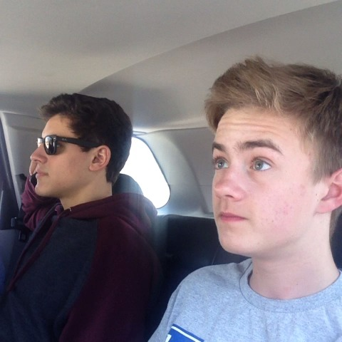 When you dont realize someone is on the phone... - Jack and Jacks post on Vine