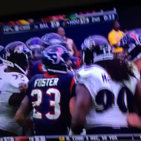 Lmaooo this dude Foster pointing at the scoreboard ???????? - Vine by Dadaflows - Lmaooo this dude Foster pointing at the scoreboard 😂😂