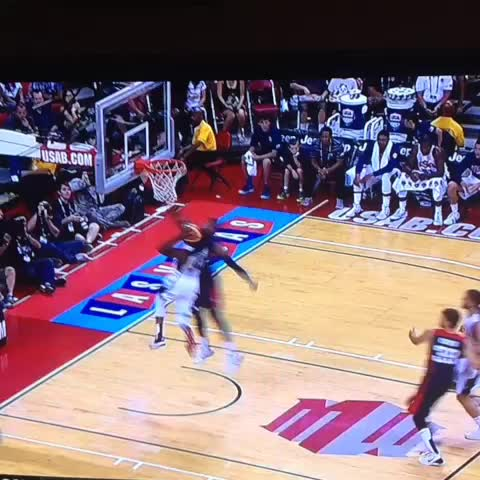 Jake Johnsons post on Vine - Paul George just broke his leg...... What?! - Jake Johnsons post on Vine