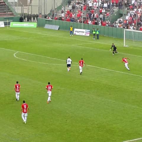 Vine by Arenga Deportiva - VIDEO | Mirá el gol de Ibañez para poner #JuventudAntoniana 2 - @CASMOficial 0. #FederalA