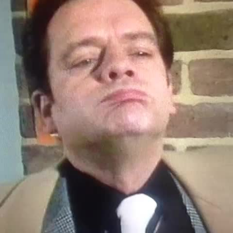 When you think of the Sanogo and Danny Welbeck partnership.... - OFAH Reactionss post on Vine