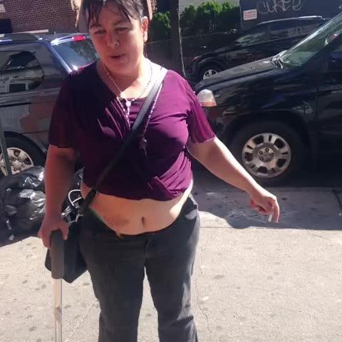 gasstation pranks 313s post on Vine - Jennifer Lopez 💃#jlo she back in the #bx #NY  showing love 😂 - gasstation pranks 313s post on Vine
