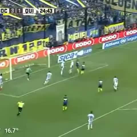 Vine by Boca Juniors - ¡Así fue el gol de Benedetto! Ahora, gana Boca 4-1.