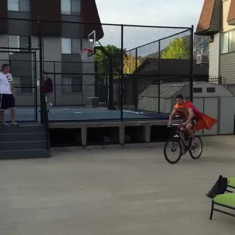 Vine by Carson Crosby - Brian Fleming jumps the pool