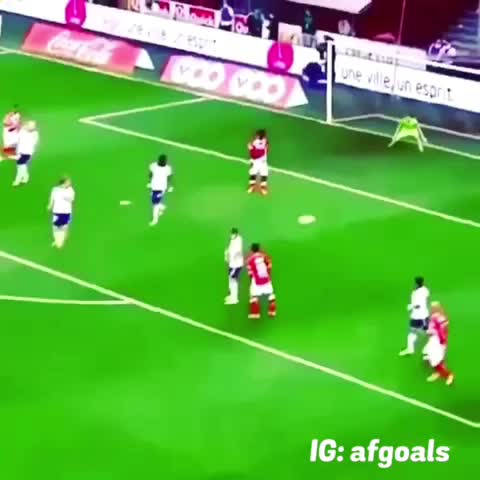 Vine by Amazing Fifa Goals - Best save ever...😂