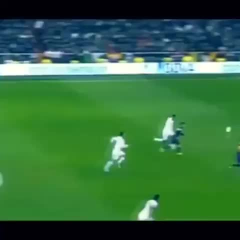 Footy Viness post on Vine - Vine by Footy Vines - That tackle by Varane! WOW!